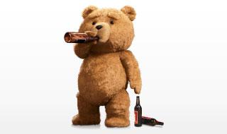 見た目はクマなのに中身はオヤジ?映画『テッド』のおもしろさ!のサムネイル画像