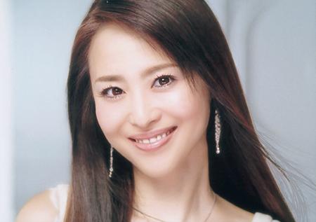 松田聖子の人気曲ランキングBEST3!デビューから35周年の松田聖子のサムネイル画像