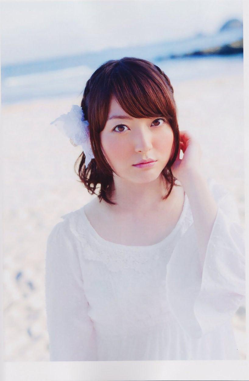 【ファン待望!!!】人気声優・花澤香奈さんのライブがついに開催!!のサムネイル画像