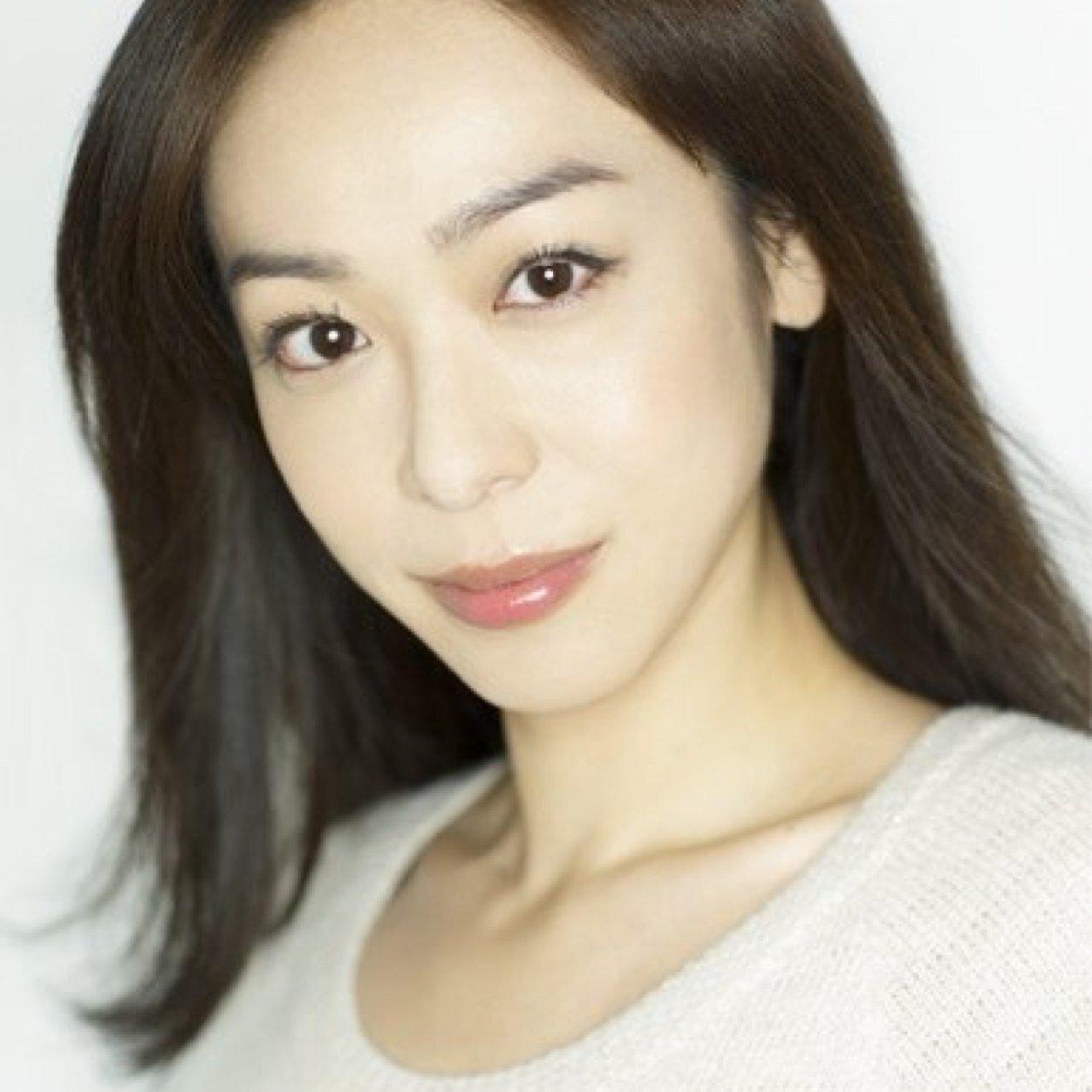 グラビアでも活躍・遊井亮子さんに結婚の話はあるんでしょうか?のサムネイル画像