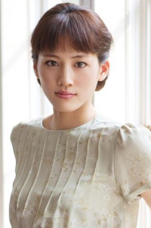 美しすぎる綾瀬はるかさんの大人な髪型/ヘアスタイル画像まとめ