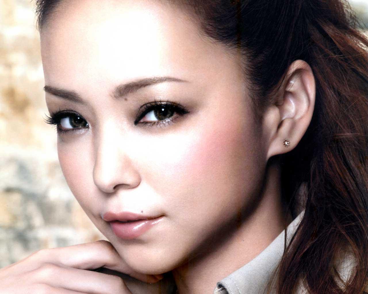 動画あり!今も昔も変わらない歌手!安室奈美恵のライブが凄すぎる!のサムネイル画像