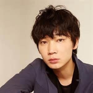 意外!?俳優・綾野剛さんと同じ年齢の芸能人を集めてみましたのサムネイル画像