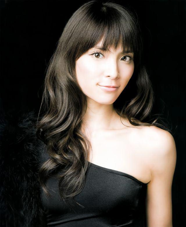 【元AKB48・秋元才加】誕生日にマイケル・ジャクソンの格好?!大反響のサムネイル画像