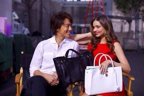 【えっ!?KISS!?】ミランダ・カーとTAKAHIROのキスの真相は!?のサムネイル画像