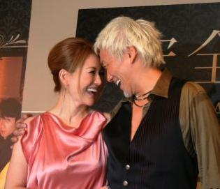 玉置浩二と青田典子の結婚生活が過激?子供は?夫婦のまとめをご紹介のサムネイル画像