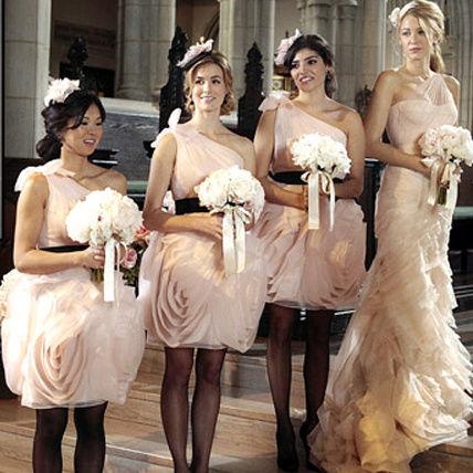 パーティーでイット・ガールに!「Gossip Girl」ワンピース図鑑のサムネイル画像