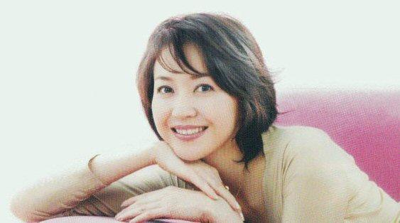 似ているかも?!賀来千香子の超仲良しの甥っ子はあのイケメン俳優?のサムネイル画像
