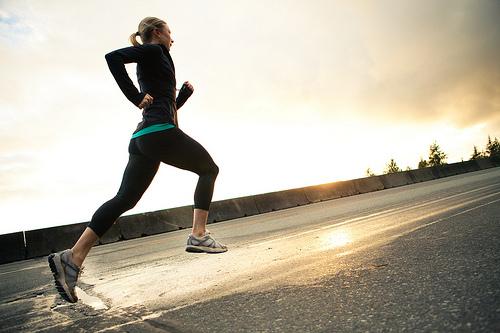 効率的に痩せる!手軽に始められるランニングダイエットの基本♪のサムネイル画像