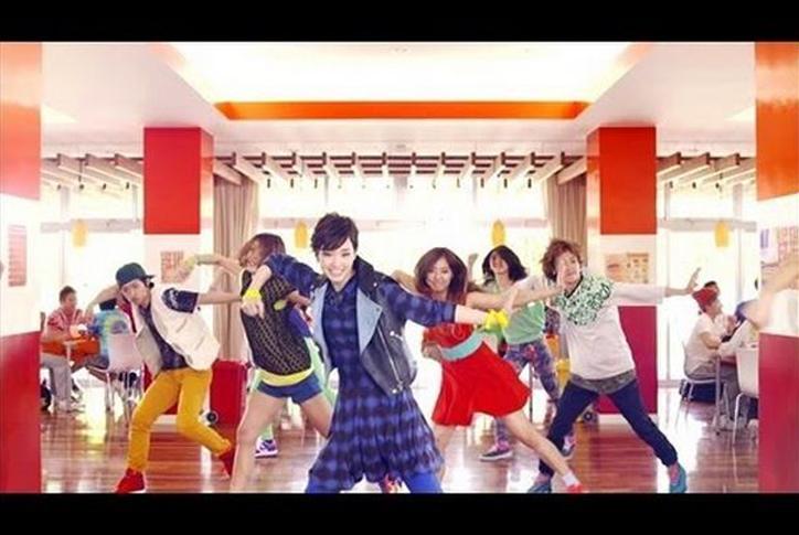 剛力彩芽、新曲を発表!今度も踊るぞ!新ダンスをMVで披露!!のサムネイル画像