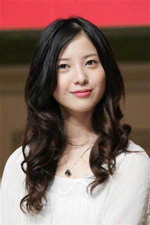不思議な魅力!吉高由里子の天然エピソードを読めば性格が分かる!のサムネイル画像