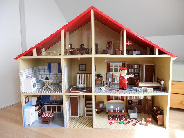 住んでみたい!レゴで作る家が夢に満ち溢れていて楽しい!!のサムネイル画像