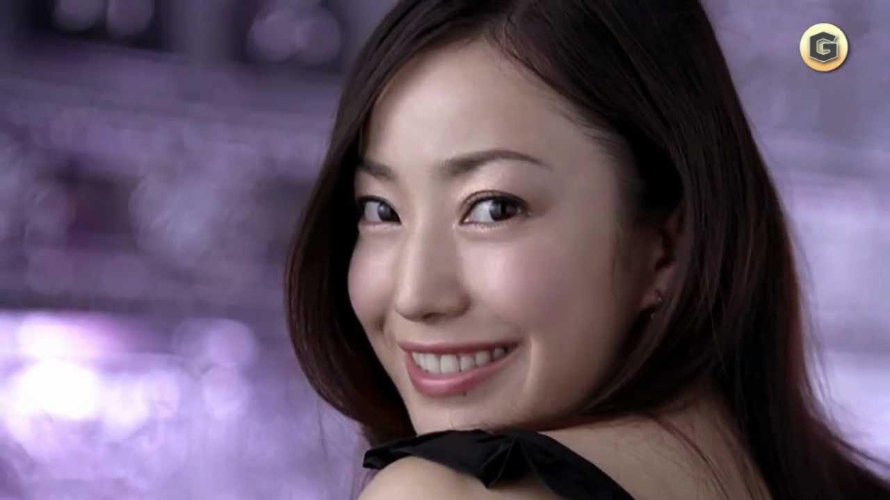 堺雅人と結婚した菅野美穂さん!あえて過去の熱愛彼氏を振り返ろう!のサムネイル画像