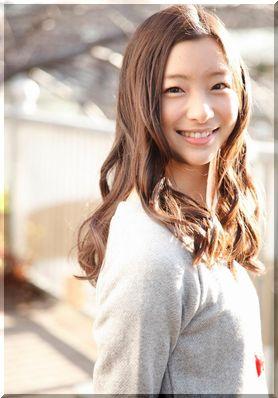 足立梨花さんと蓮佛美沙子さんが似ている!そっくり?自称?のサムネイル画像