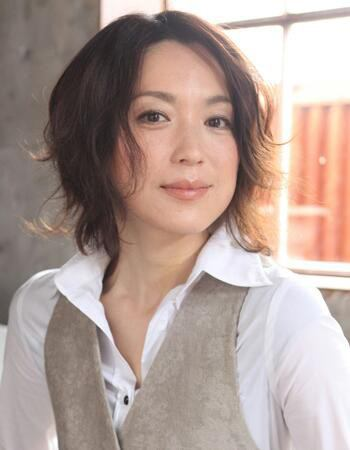 【女性の憧れ】若村麻由美さんの髪型まとめ!【大人の色気】のサムネイル画像