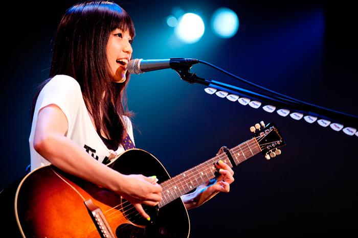 miwaさんの愛用ギター&ギターコード検索サイトなどをご紹介します!のサムネイル画像