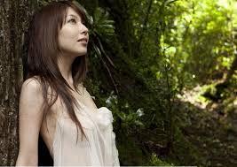 DVDのリリースが多数あるのにイマイチ売れない!?小林恵美さんのサムネイル画像