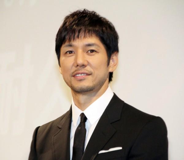 鼻が印象的!イケメン俳優・西島秀俊さんの魅力がわかる画像集のサムネイル画像