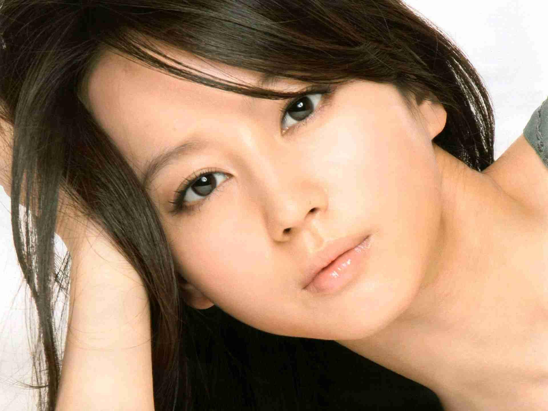 清純派女優・堀北真希が出演しているCMをまとめてみました!のサムネイル画像