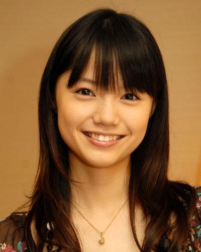 ナチュラルで可愛すぎる女優☆宮崎あおいの魅力あふれるCM集!のサムネイル画像
