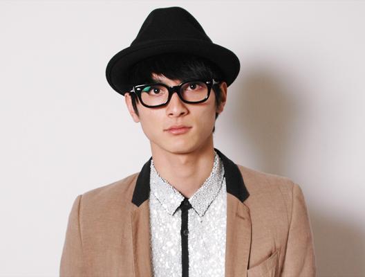 おしゃれ俳優!!!高良健吾の私服がおしゃれすぎてたまらない!!のサムネイル画像