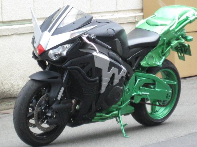 仮面ライダーが愛用するバイクをまとめました!元の車種も♪のサムネイル画像