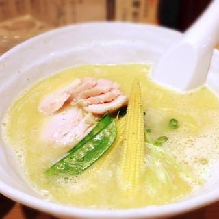 【銀座】人気ラーメン店3選!行列が絶えない人気なラーメンとは?のサムネイル画像