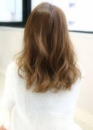 伸ばしかけの髪型にピッタリ!可愛いセミロングの画像紹介★のサムネイル画像