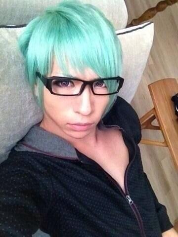 素敵に大変身!緑の髪色にしておしゃれに個性を出してみようのサムネイル画像