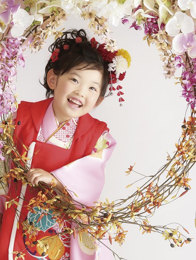 【ママさん必見!】お子さんの七五三に付けたい髪飾り大特集!のサムネイル画像