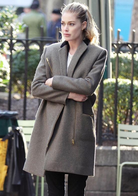 秋冬に絶対使える!!ハリウッドセレブに大人気のグレーのコート♪のサムネイル画像