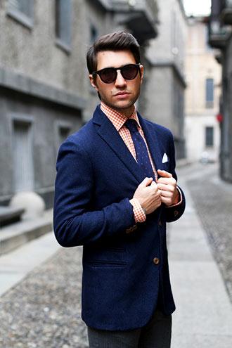 スーツは着こなしでおしゃれになる!外国人モデルに学ぶ着こなしとはのサムネイル画像
