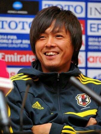 日本サッカー界の宝!!元日本代表・遠藤保仁の気になる年俸は??のサムネイル画像