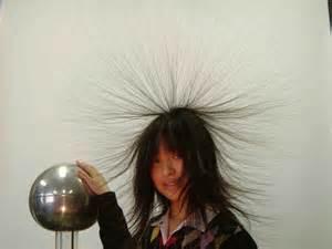 あのバチバチとおさらば!ちょっとしたことで髪の静電気対策が可能のサムネイル画像
