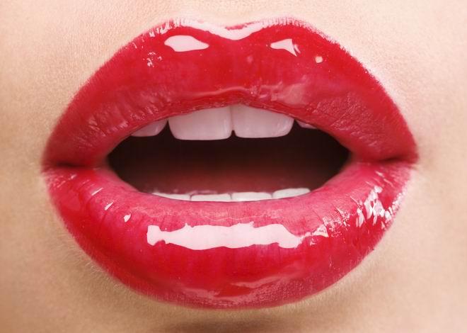あなたは知ってる?自分に似合う色の口紅を手に入れませんか?のサムネイル画像
