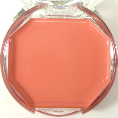 【クリームチーク】を塗り方をマスターして、簡単に愛されモテ顔に!のサムネイル画像