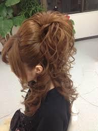 小顔効果がある盛り髪のやり方!ショートヘアでも盛れる!!のサムネイル画像