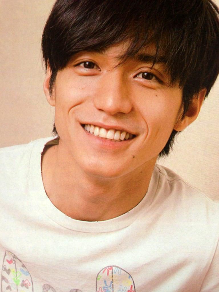 現在、関ジャニで大活躍!!錦戸亮さんの経歴と学歴をまとめました。のサムネイル画像