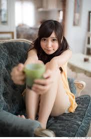 女優業でも大活躍のFカップグラドル佐野ひなこの水着姿に迫ります!のサムネイル画像