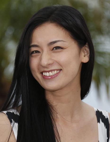 典型的な個性派女優さん!尾野真千子さんの気になる彼氏とは?のサムネイル画像