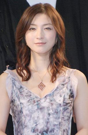 広末涼子と小雪は共演絶対NG!?二人に一体何があったのかのサムネイル画像