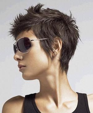 黒髪をカタログ的に集めました!カラーなしでキレイな黒髪勝負!のサムネイル画像