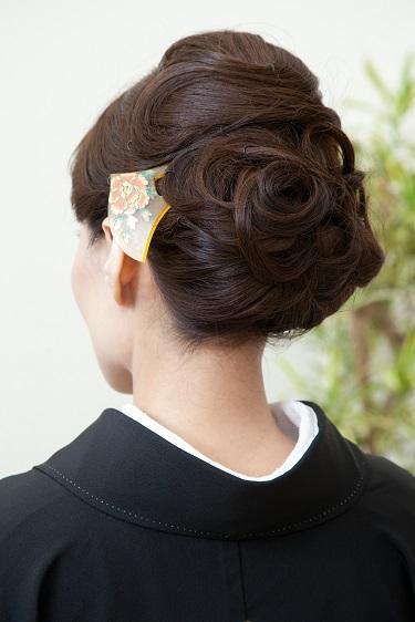 【画像多数あり】50代からの留袖に似合う髪型を大研究!【2020最新版】のサムネイル画像