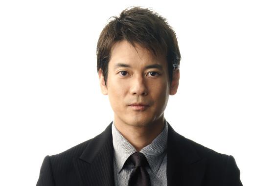 日本一顔が小さい男!?唐沢寿明の出演ドラマとプライベートのサムネイル画像