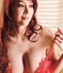 叶姉妹である叶美香さんのすっぴんがテレビで有名に!その理由は!?のサムネイル画像