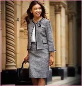 一緒は嫌!ほかのママに一目置かれる!!できる女の入園式スーツ!!のサムネイル画像