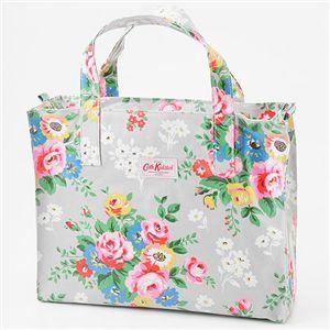 花柄がお好きな方必見!花柄モチーフのブランドグッズがたくさん!のサムネイル画像