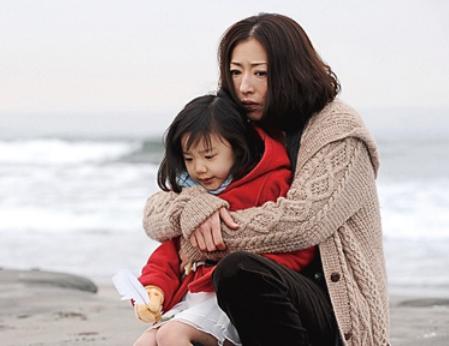 名ドラマ「Mother」もう1度振り返る!芦田愛菜の名演技&エピソードのサムネイル画像