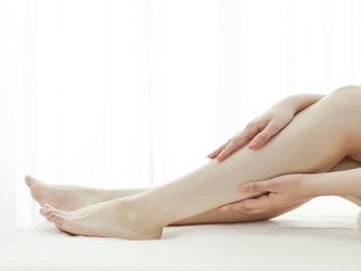 【足のむくみを解消】簡単リンパマッサージで目指せ美脚美人のサムネイル画像