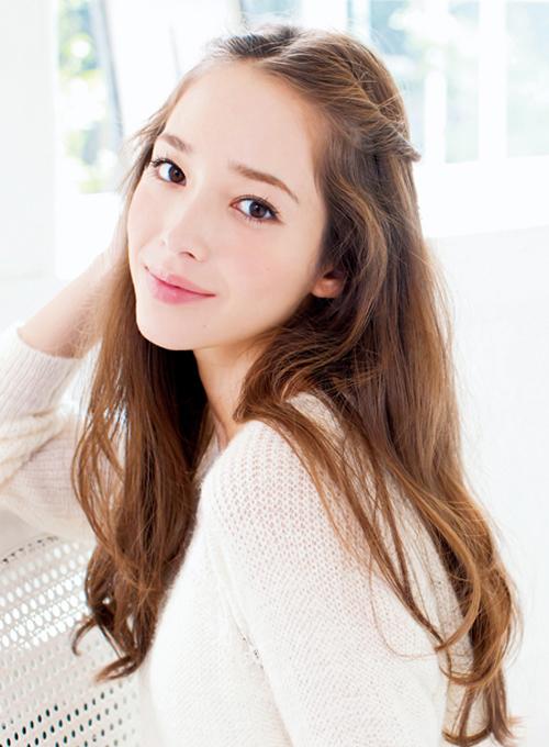 伸ばしかけの前髪を可愛くアレンジ♡簡単前髪ヘアアレンジ集!!のサムネイル画像
